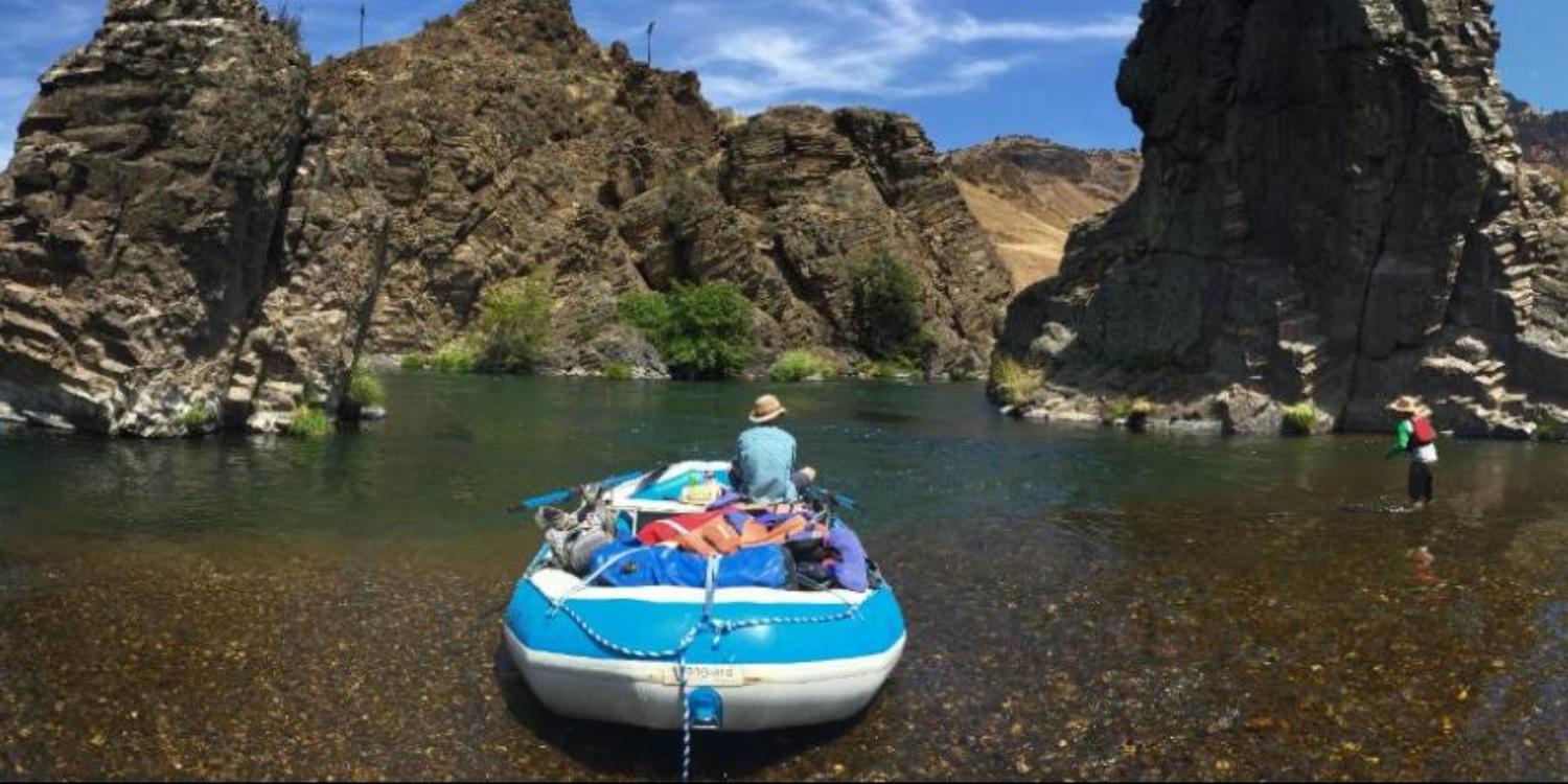 Picture of Deschutes River